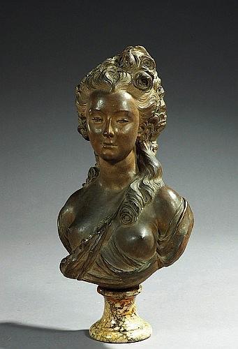 BUSTE DE JEUNE FEMME, D'APRES JEAN-JACQUES CAFFIERI (1725-1792) XIXEME SIECLE