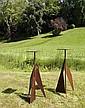 Philippe HIQUILY (1925-2013) ENSEMBLE DE DEUX SELLETTES, 2006 Sculptures en acier à patine rouille