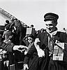 Willy RONIS (1910 - 2009) Retour des prisonniers, avril 1945 Quatre (4) épreuves argentiques (c. 2000)