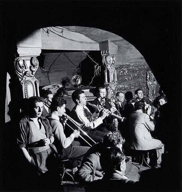Willy RONIS (1910 - 2009) Les clubs de jazz à Saint Germain-des-Prés Quatre (4) épreuves argentiques (c. 1990)