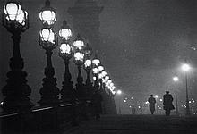 Willy RONIS (1910 - 2009) Pont Alexandre III - Paris, 1957 Epreuve argentique (c. 1990)