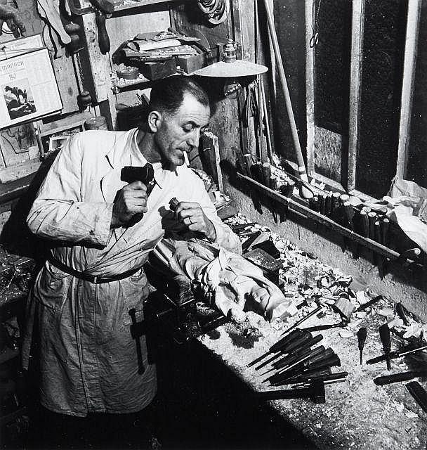 Willy RONIS (1910 - 2009) Artisans Quatre (4) épreuves argentique (c. 1990)