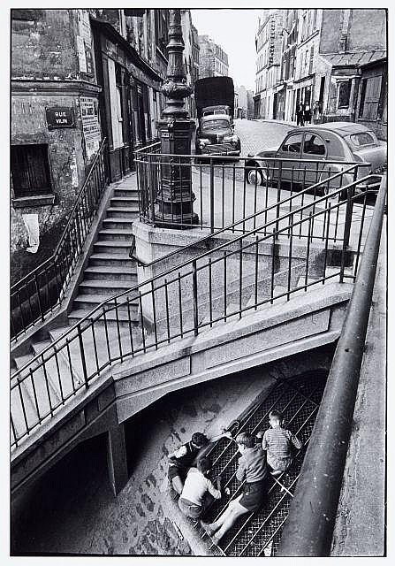 Willy RONIS (1910 - 2009) Carrefour des rues Vilin et Piat (dit