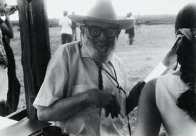 Willy RONIS (1910 - 2009) Ansel Adams - Arles, c. 1970 Epreuve argentique d''époque sur papier Agfa