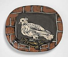 Pablo PICASSO 1881 - 1973 Colombe mate - 1948 Plat rectangulaire