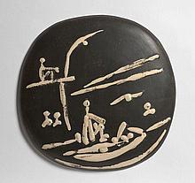 Pablo PICASSO 1881 - 1973 Scène de plage - 1956 (A.R # 391- G.R # 86) Plaque murale convexe