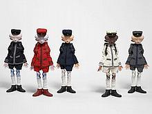 Takashi MURAKAMI Né en 1962 Inochi doll (Zhangv, Bob, David, Yamamoto et Victor) - 2009 PVC, tissus et fer