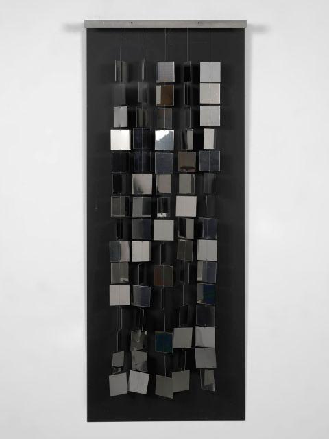 Julio LE PARC Né en 1928 Continuel Mobile argent - 1967 Metal chromé et peint