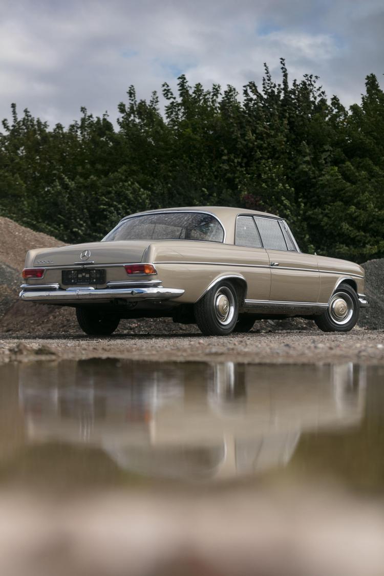 1964 mercedes benz 300 se coup for Mercedes benz 300 se