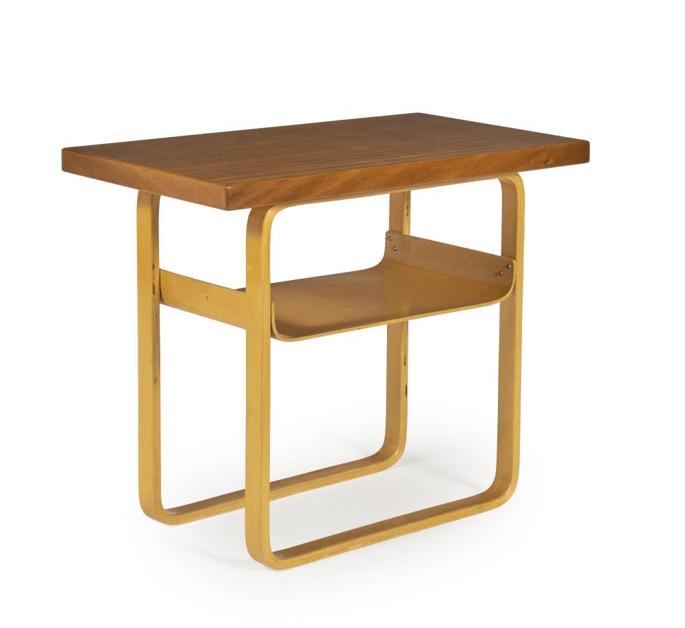 Alvar AALTO (1898-1976) Side table - 1930