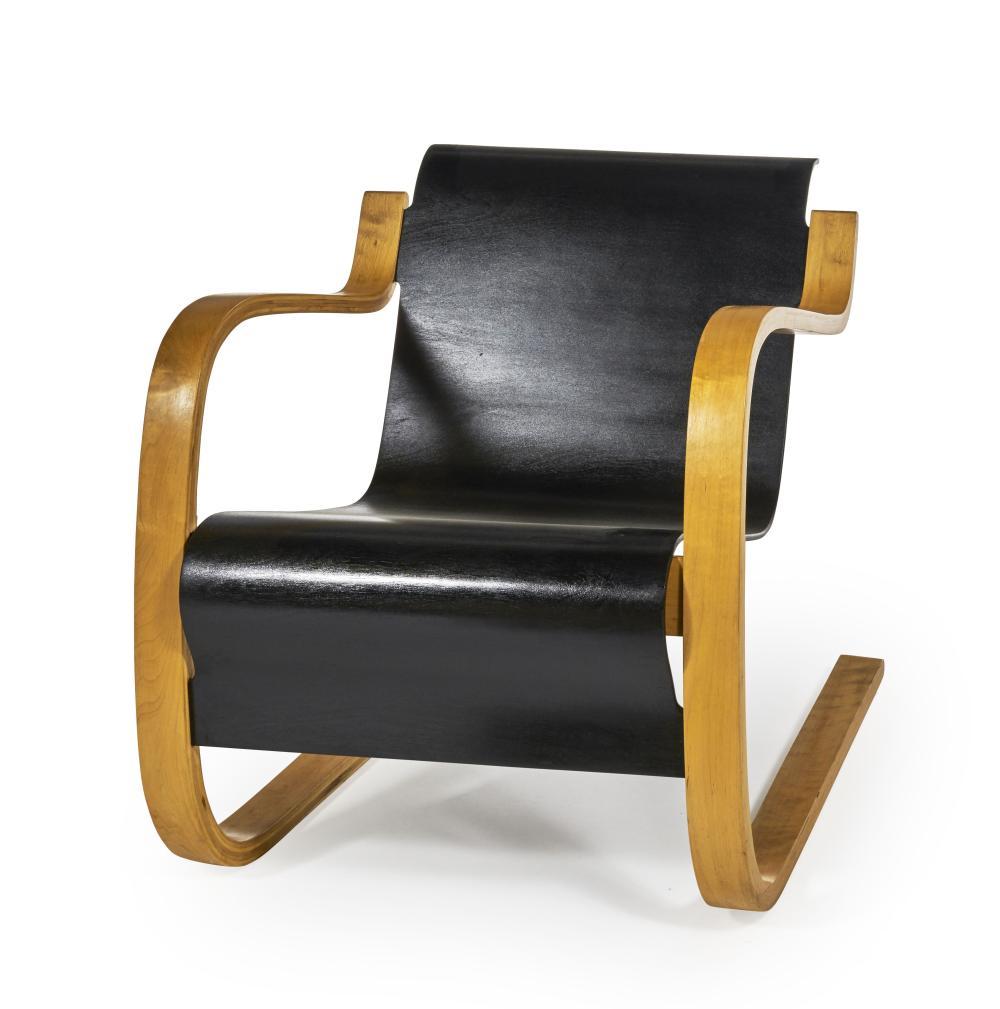 Alvar AALTO (1898 - 1976) Fauteuil mod. 42 dit « Small Paimio » le modèle crée en 1932