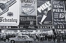 ¤ Frank PAULIN Né en 1926 MARQUEE AT TIMES SQUARE,NEW YORK - 1956 Tirage argentique postérieur