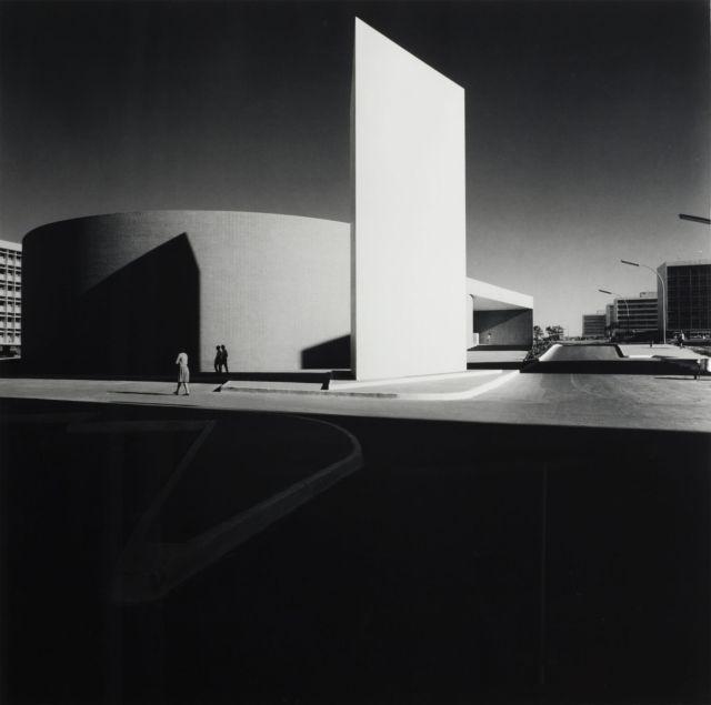 Marcel André Félix GAUTHEROT 1910-1996 CINÉ BRASILIA (ARCHITECTE OSCAR NIEMEYER), VERS 1962 Tirage argentique postérieur