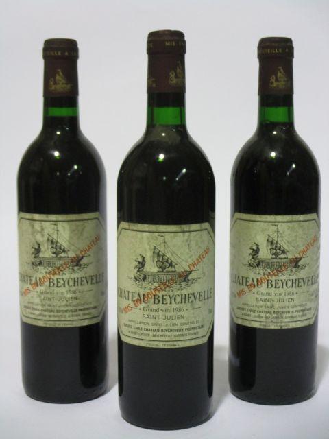 3 bouteilles CHÂTEAU BEYCHEVELLE 1986 4è GC Saint Julien (étiquettes sales et tachées) (cave 6)