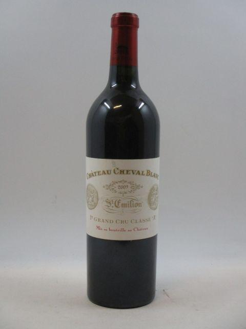 1 bouteille CHÂTEAU CHEVAL BLANC 2009 1er GCC (A) Saint Emilion (étiquette léger déchirée)