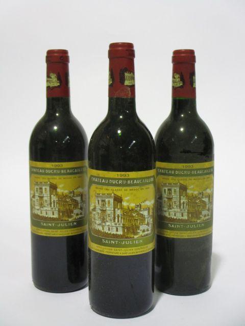 11 bouteilles CHÂTEAU DUCRU BEAUCAILLOU 1993 2è GC Saint Julien (étiquettes sales et tachées) (cave 6)