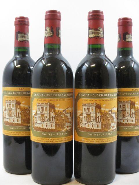 4 bouteilles CHÂTEAU DUCRU BEAUCAILLOU 1995 2è GC Saint Julien (étiquettes léger tachées)