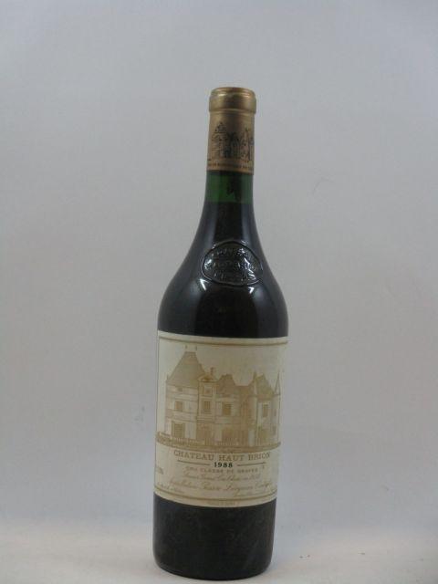 1 bouteille CHÂTEAU HAUT BRION 1988 1er GC Pessac Leognan étiquette abimée