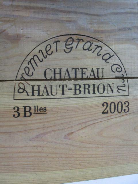 3 bouteilles CHÂTEAU HAUT BRION 2003 1er GC Pessac Léognan Caisse bois d'origine (cave 9)