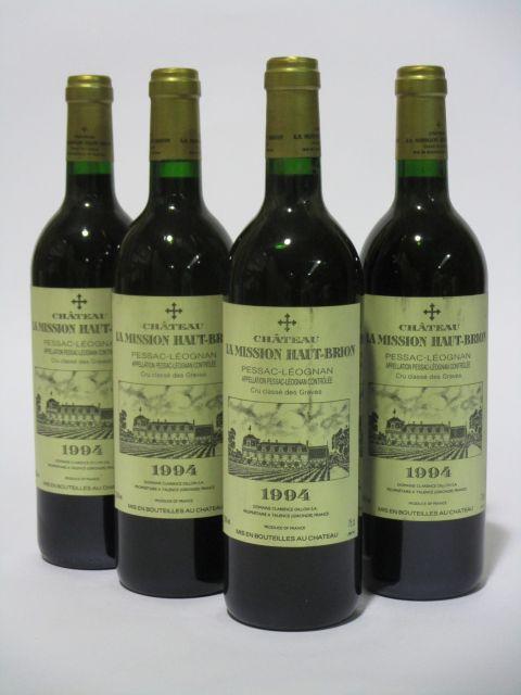 4 bouteilles CHÂTEAU LA MISSION HAUT BRION 1994 CC Pessac Léognan (étiquettes fanées et tachées) (cave 6)