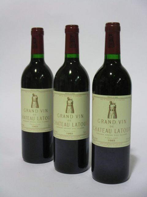 3 bouteilles CHÂTEAU LATOUR 1993 1er GC Pauillac  (cave 6)