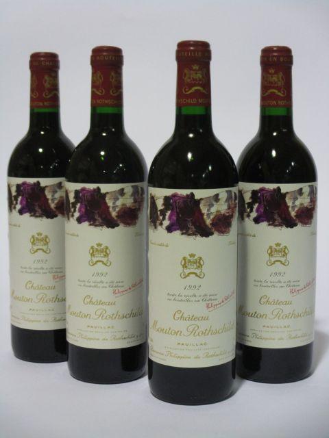 4 bouteilles CHÂTEAU MOUTON ROTHSCHILD 1992 1er GC Pauillac  (cave 6)