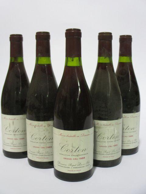 5 bouteilles 1 bt : CORTON 1988 Grand Cru. Rapet Père & Fils (étiquettes fanées et tachées)