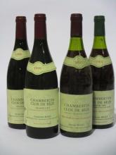 4 bouteilles 2 bts : CHAMBERTIN CLOS DE BEZE 1985 Grand Cru. Domaine Bart (niveaux 3 cm, étiquettes fanées et tachées, 2 étiquettes dif