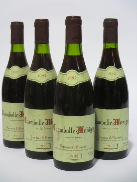 3 bouteilles CHAMBOLLE MUSIGNY 1992 Georges Roumier (étiquettes sales et tachées) (cave 6)