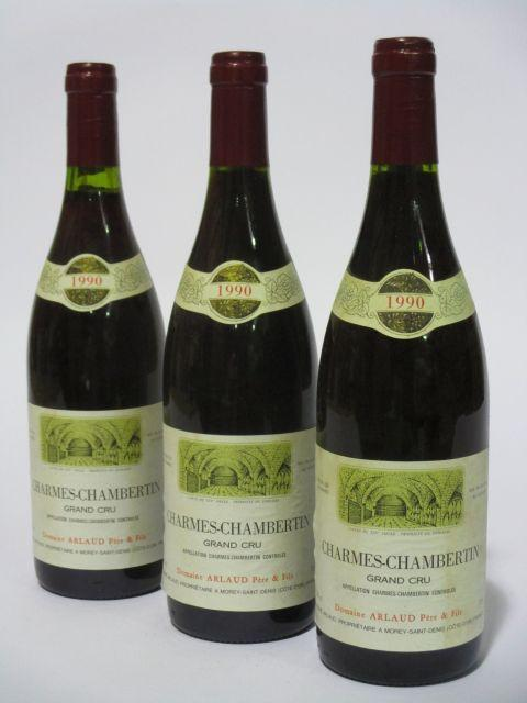3 bouteilles CHARMES CHAMBERTIN 1990 Grand Cru