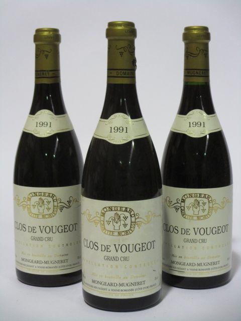 3 bouteilles CLOS DE VOUGEOT 1991 Grand Cru