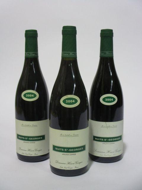 12 bouteilles NUITS SAINT GEORGES 2004 Domaine Henri Gouges (étiquettes fanées) (cave 6)