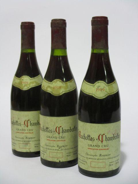 3 bouteilles RUCHOTTES CHAMBERTIN 1989 Grand Cru. Christophe Roumier (capsule neutre, étiquettes fanées et tachées) (cave 6)