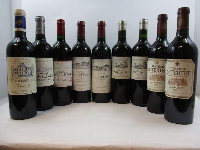 9 bouteilles 1 bt : CHÂTEAU CANTEMERLE 2006 5è GC Haut Médoc 1 bt : CHÂTEAU CANTEMERLE 2012 5è GC Haut Médoc 1 bt : CHÂTEAU DU...
