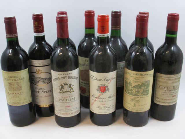 10 bouteilles 1 bt : CHÂTEAU PAVIE DECESSE 1990 GCC Saint Emilion (base goulot, étiquette tachée)