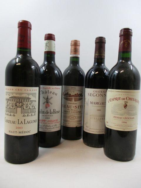 12 bouteilles 3 bts : CHÂTEAU LA LAGUNE 2003 3è GC Haut Médoc