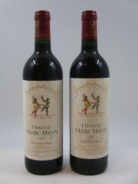 2 bouteilles CHÂTEAU CLERC MILON 1996 5è GC Pauillac (étiquettes abimées et décollées)