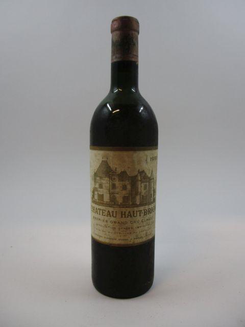 1 bouteille CHÂTEAU HAUT BRION 1959 1er GC Pessac Léognan (4 cm)
