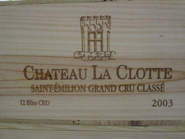12 bouteilles CHÂTEAU LA CLOTTE 2003 GCC Saint Emilion Caisse bois d'origine (cave 1)