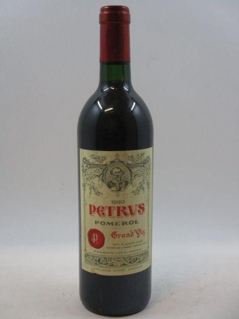 1 bouteille PETRUS 1990 Pomerol (étiquette léger tachée) (cave 7)