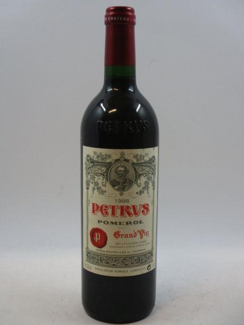 1 bouteille PETRUS 1998 Pomerol  (cave 7)