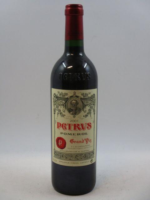 1 bouteille PETRUS 2001 Pomerol (cave 7)