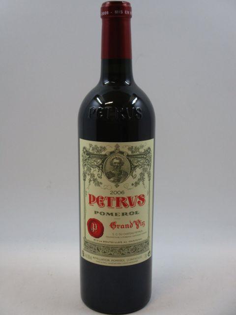 1 bouteilles PETRUS 2006 Pomerol  (cave 2)