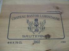 6 bouteilles CHÂTEAU BASTOR LAMONTAGNE 2002 Sauternes Caisse bois d'origine (cave 2)