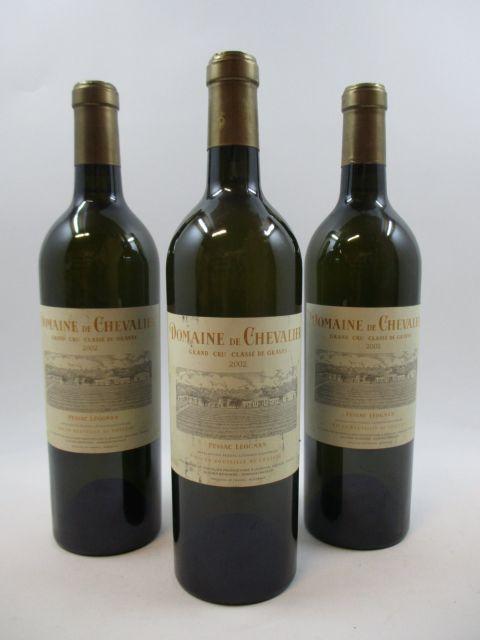 6 bouteilles DOMAINE DE CHEVALIER 2002 CC Pessac Léognan (blanc)  (cave 11)