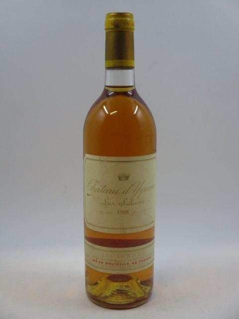 1 bouteille CHÂTEAU D'YQUEM 1988 1er cru Supérieur Sauternes (étiquette léger tachée et abimée)