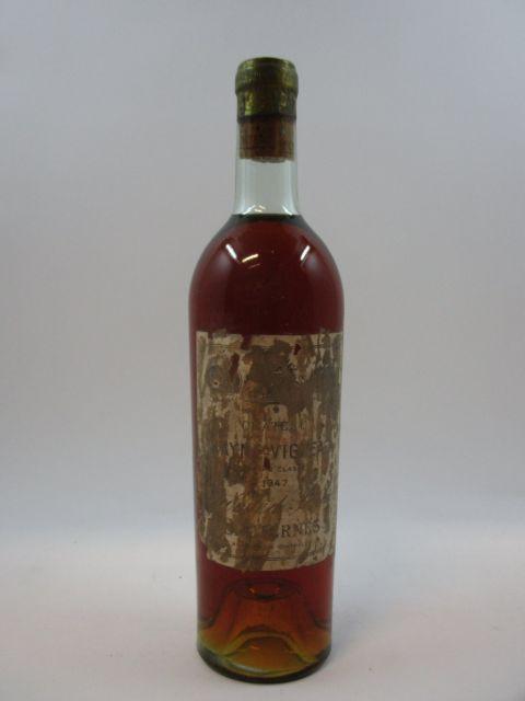 1 bouteille CHÂTEAU RAYNE VIGNEAU 1947 1er Cru Sauternes (légèrement bas