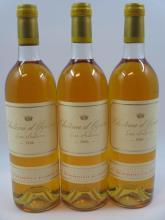 3 bouteilles CHÂTEAU D'YQUEM 1986 1er cru Supérieur Sauternes (légèrement bas, 1 bouchon léger enfoncé)