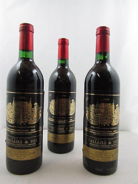9 bouteilles CHÂTEAU PALMER 1982 3è GC Margaux (base goulot