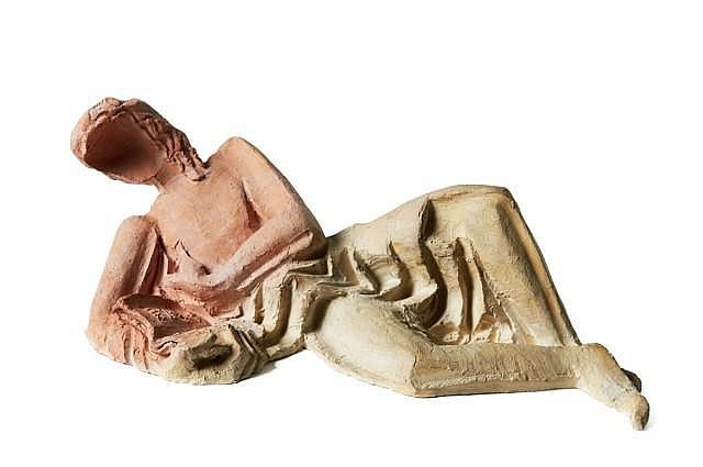 Ossip ZADKINE (Vitebsk, 1890- Paris, 1967) LISEUSE, circa 1941-1944 Sculpture en terre-cuite à deux teintes, pièce unique